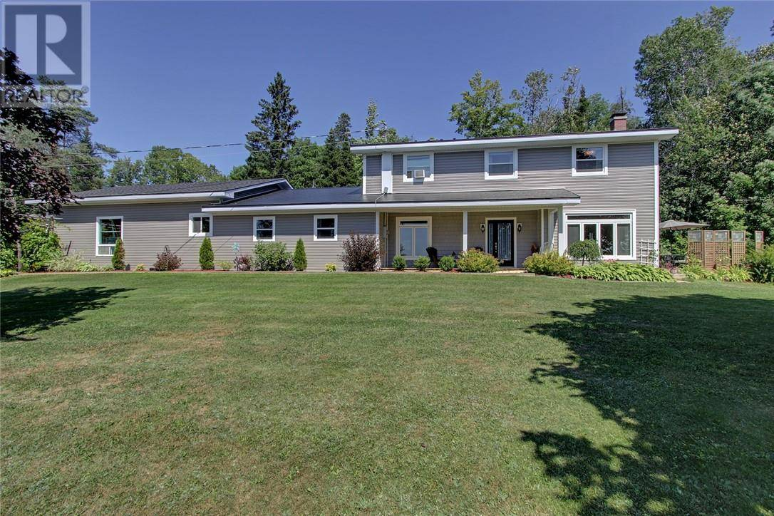 House for sale at 106 Hospital St Bath New Brunswick - MLS: NB030944