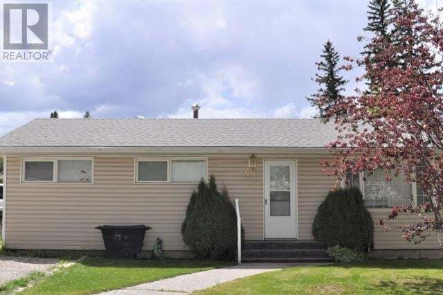 House for sale at 106 Maskuta Dr Hinton Valley Alberta - MLS: 52673