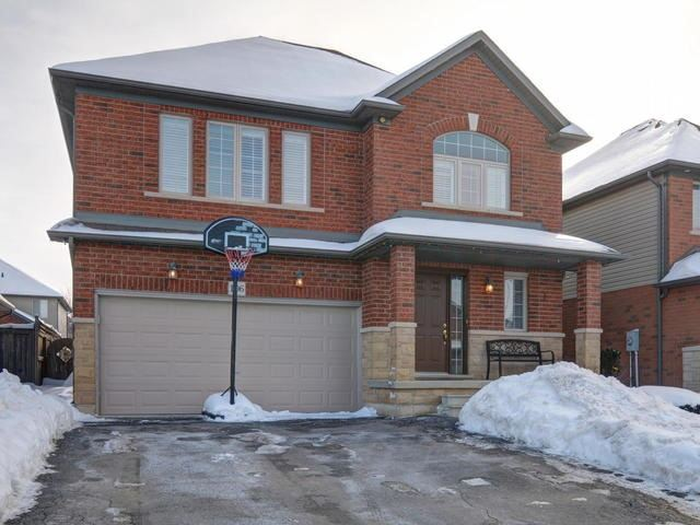 For Sale: 106 Tanglewood Drive, Hamilton, ON | 4 Bed, 4 Bath House for $729,900. See 20 photos!