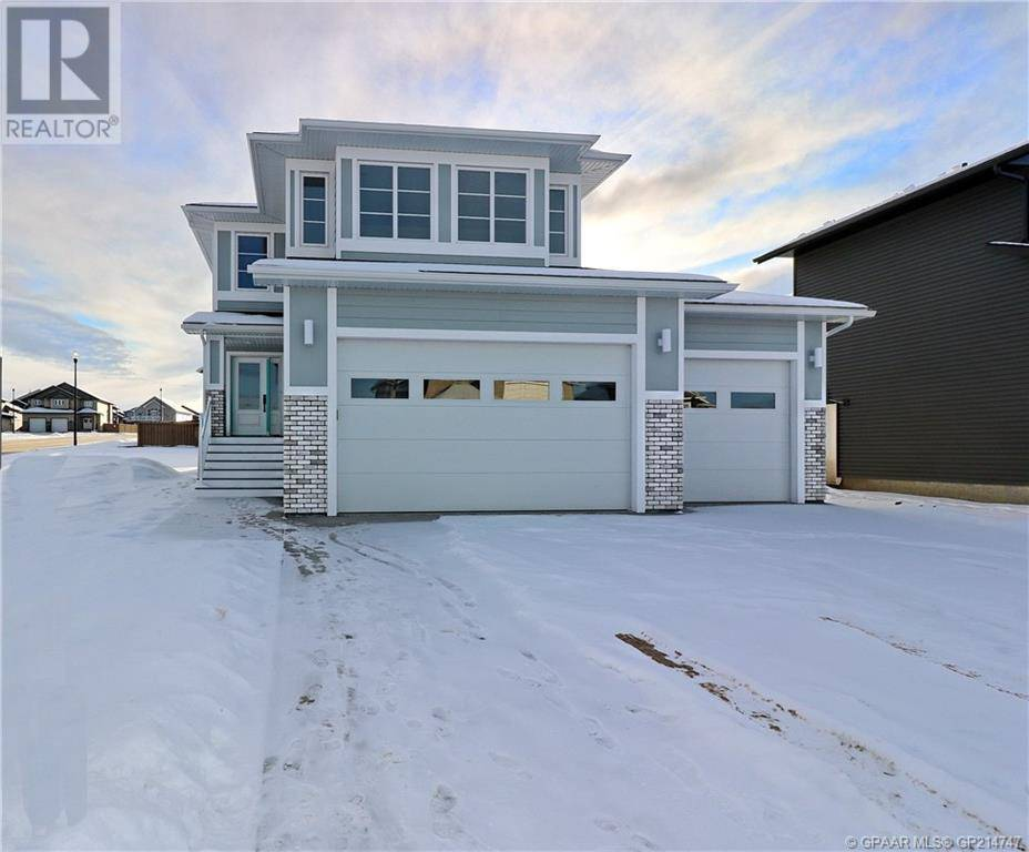 House for sale at 10601 152b Ave Grande Prairie, County Of Alberta - MLS: GP214747
