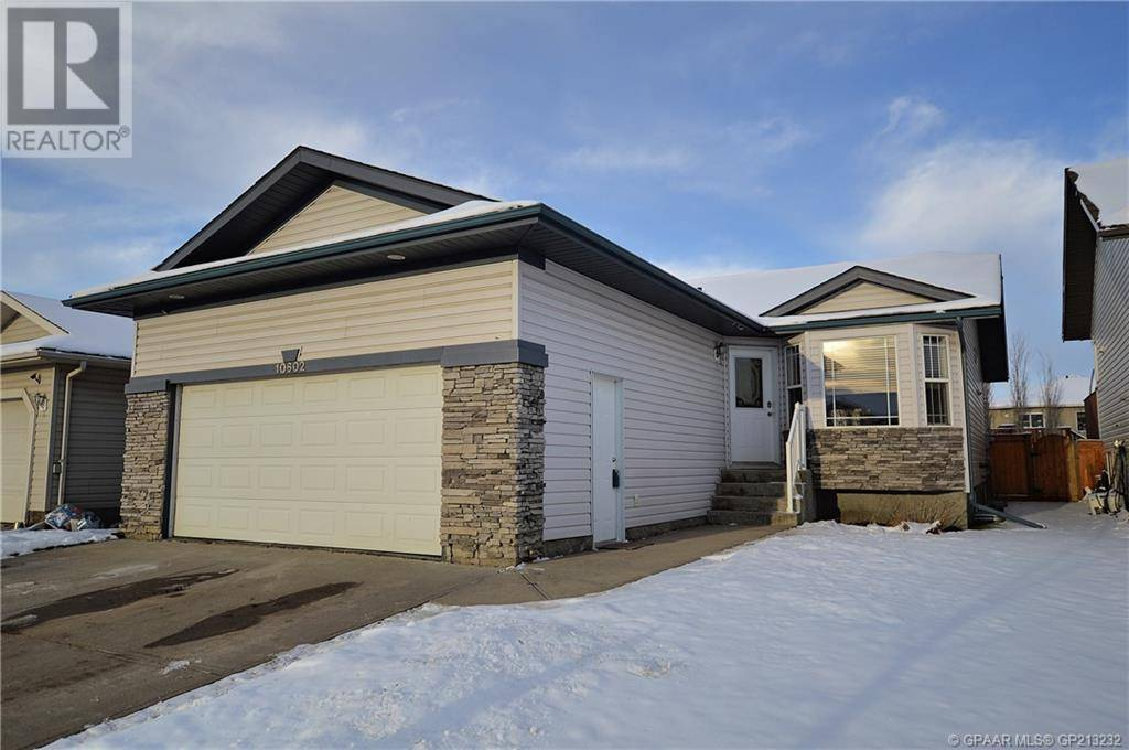 House for sale at 10602 Royal Oaks Dr Grande Prairie Alberta - MLS: GP213232