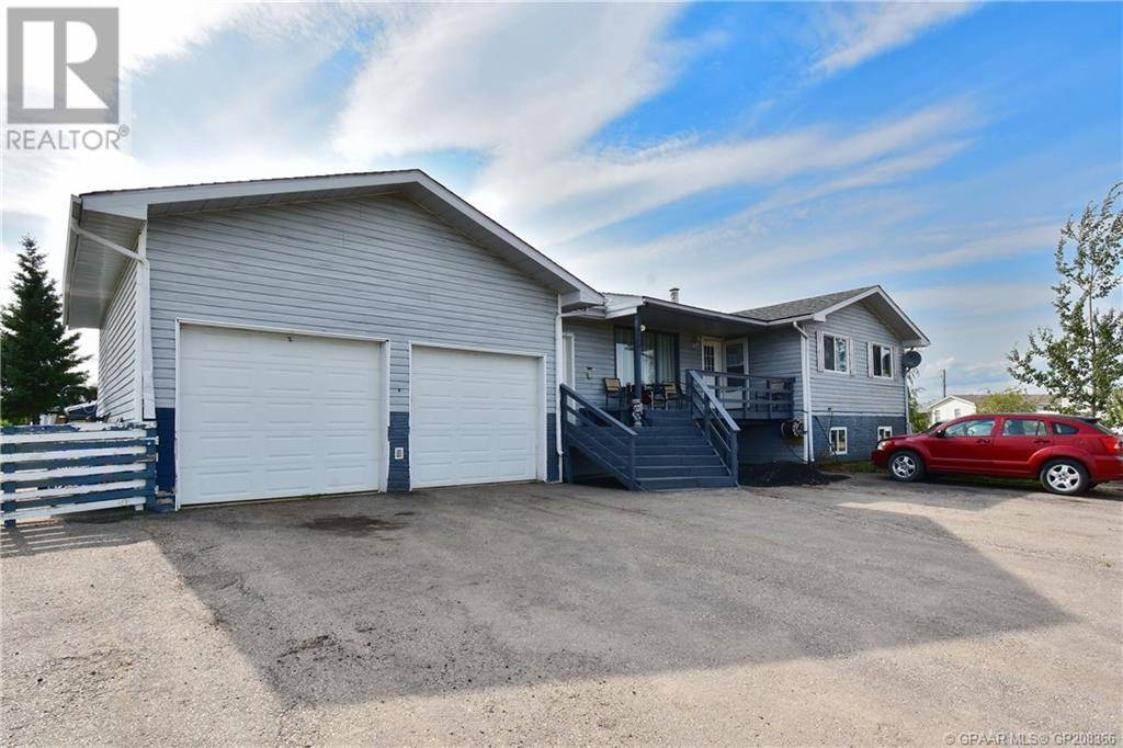 House for sale at 10604 97 St Clairmont Alberta - MLS: GP208366