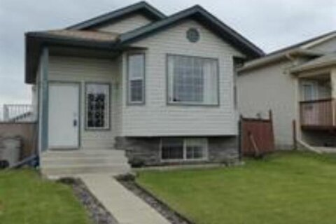 House for sale at 10605 73 Ave Grande Prairie Alberta - MLS: A1024409