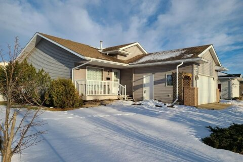 House for sale at 10614 83 Ave Grande Prairie Alberta - MLS: A1032883