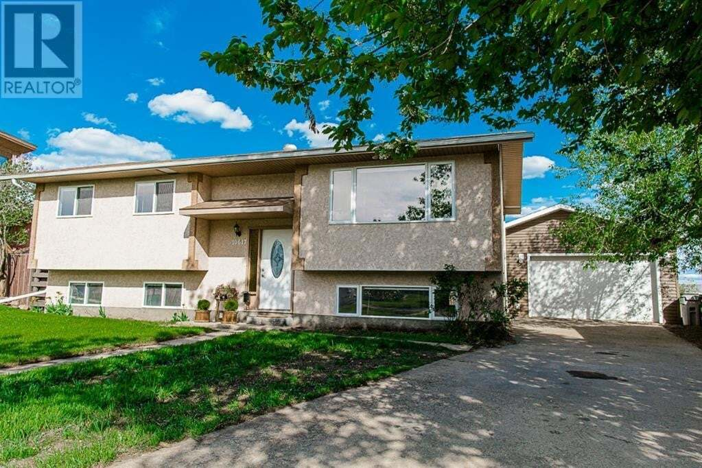 House for sale at 10617 92b St Grande Prairie Alberta - MLS: A1003096