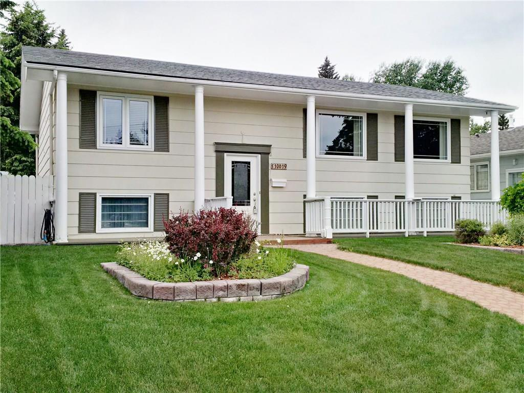 For Sale: 10619 Maplebend Drive Southeast, Calgary, AB   4 Bed, 2 Bath House for $539,900. See 25 photos!
