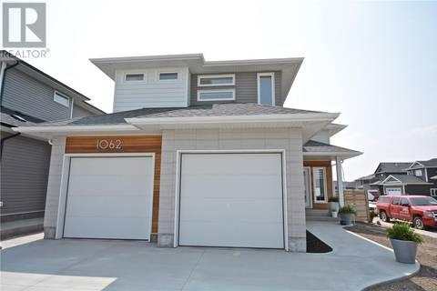 House for sale at 1062 Glacial Shores  Saskatoon Saskatchewan - MLS: SK768170