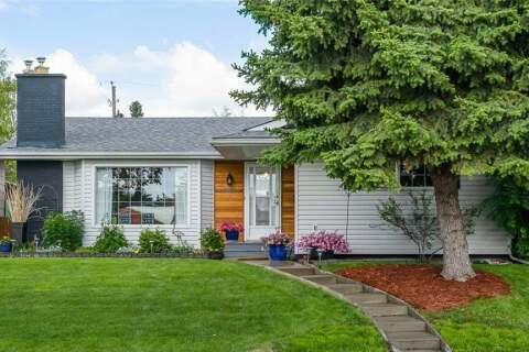 House for sale at 10631 Waneta Cres Southeast Calgary Alberta - MLS: C4303094