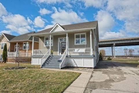 House for sale at 1064 Beach Blvd Hamilton Ontario - MLS: X4412977