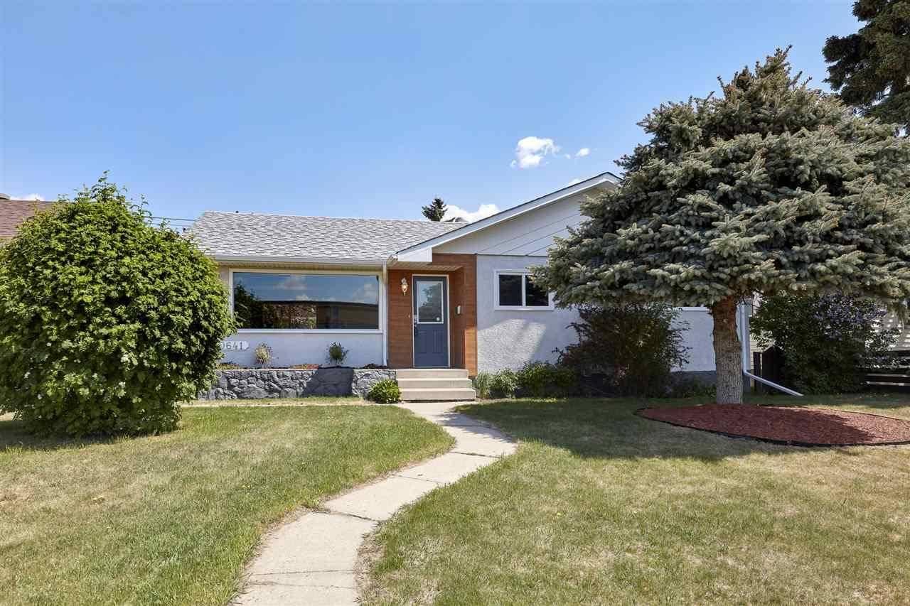 House for sale at 10641 School Rd Nw Edmonton Alberta - MLS: E4192358