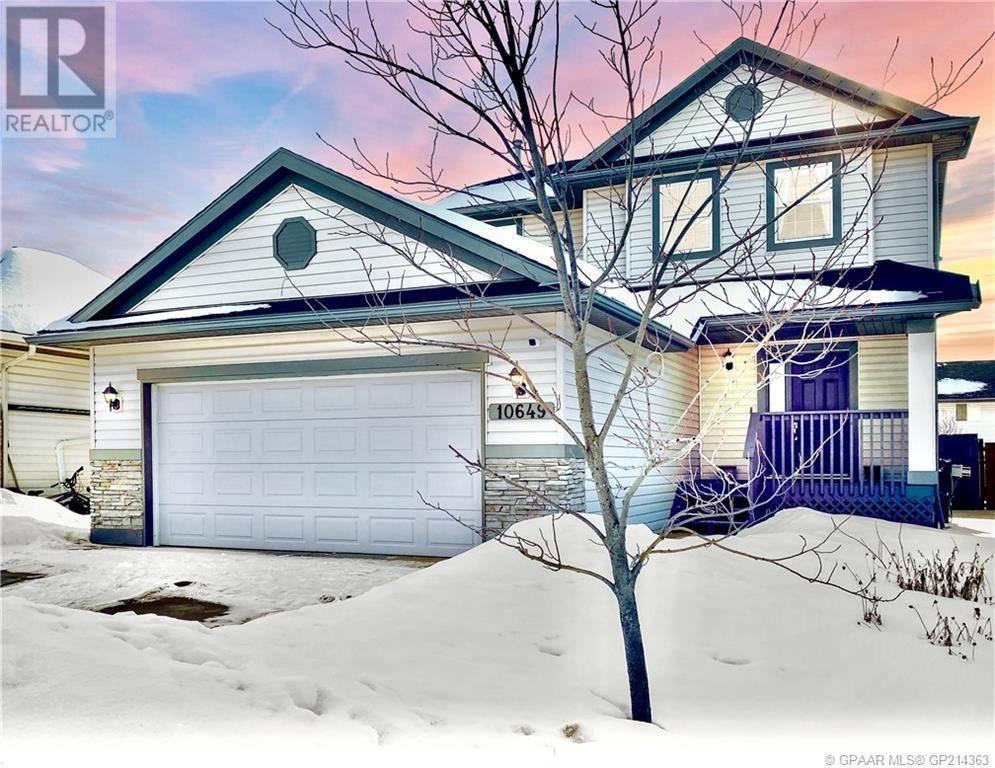 House for sale at 10649 124 Ave Grande Prairie Alberta - MLS: GP214363