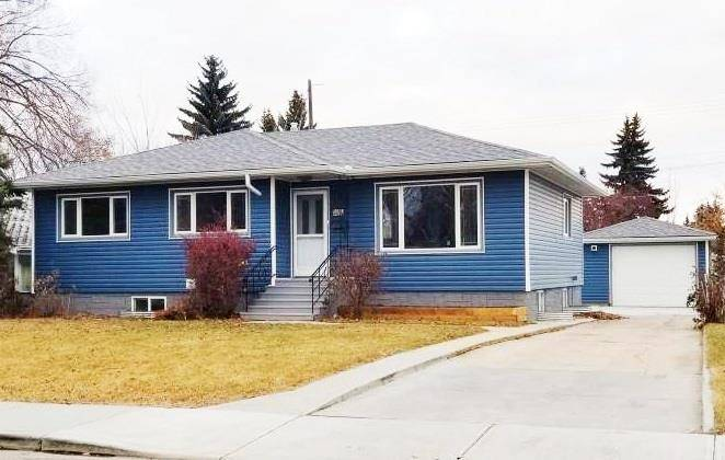 House for sale at 10663 Capilano St Nw Edmonton Alberta - MLS: E4180296