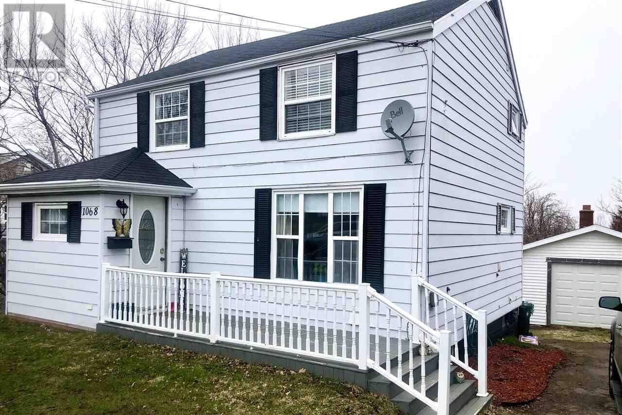 House for sale at 1068 Main St Glace Bay Nova Scotia - MLS: 202007352