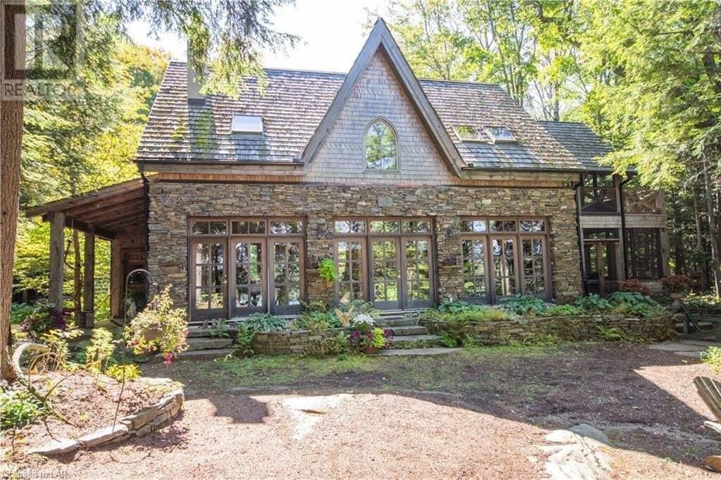 House for sale at 1068 Tarpaper Tr Haliburton Ontario - MLS: 263148