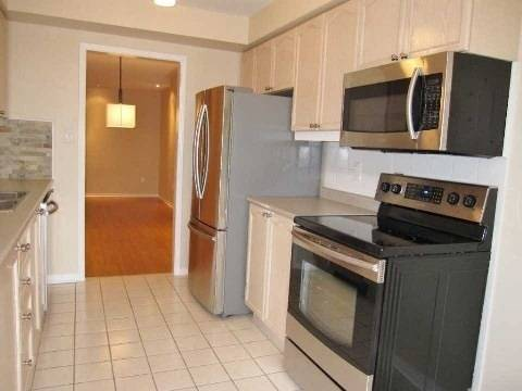 Apartment for rent at 2555 Thomas St Unit 107 Mississauga Ontario - MLS: W4538074