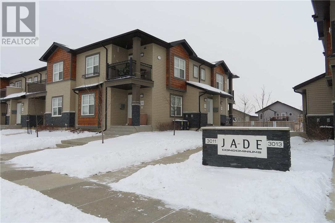 For Sale: 3011 Mcclocklin Road, Saskatoon, SK | 2 Bed, 1 Bath Townhouse for $209,900. See 13 photos!