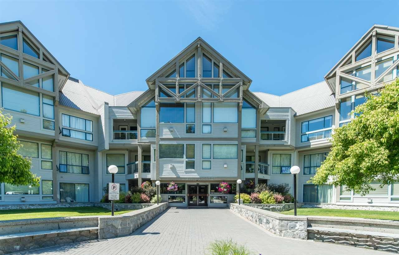Buliding: 4905 Spearhead Place, Whistler, BC