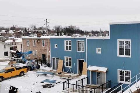 Townhouse for rent at 58 Beverly St Unit 107 Cambridge Ontario - MLS: X4770549