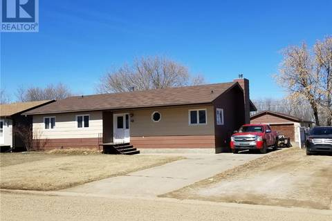 House for sale at 107 5th Ave Nw Watson Saskatchewan - MLS: SK766841