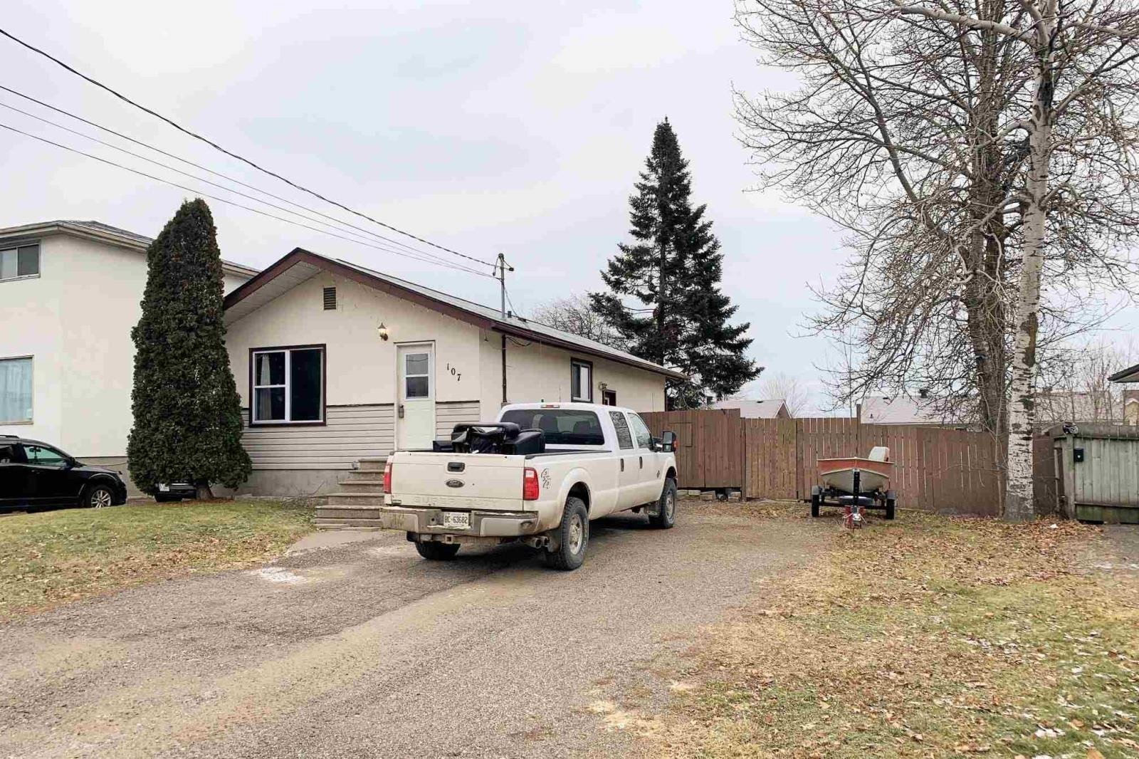House for sale at 107 Blucher Ave Thunder Bay Ontario - MLS: TB202867