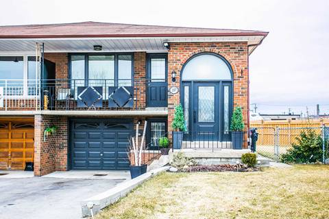 Townhouse for sale at 107 Cabana Dr Toronto Ontario - MLS: W4407292
