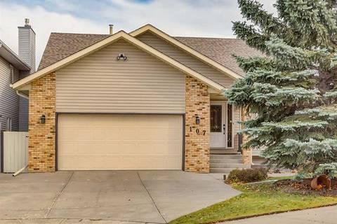 House for sale at 107 Hawkstone Pl Northwest Calgary Alberta - MLS: C4273421