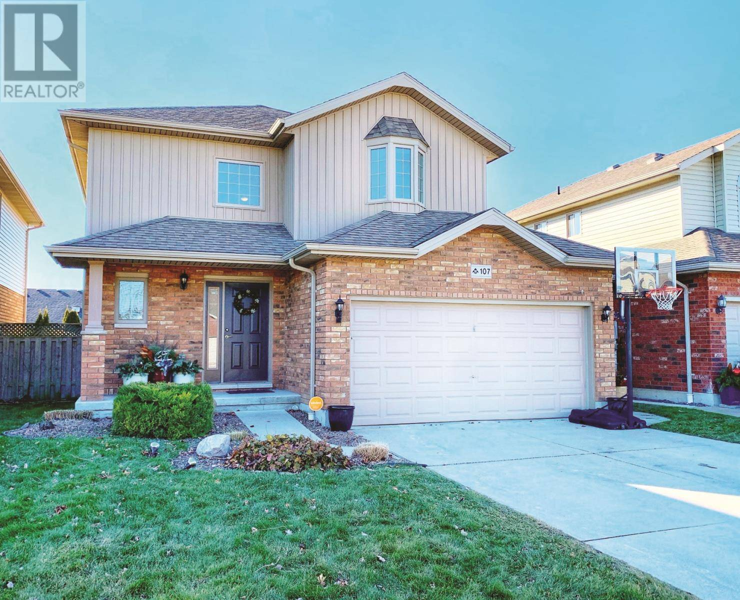 House for sale at 107 Smithfield Circ Chatham Ontario - MLS: 20000134