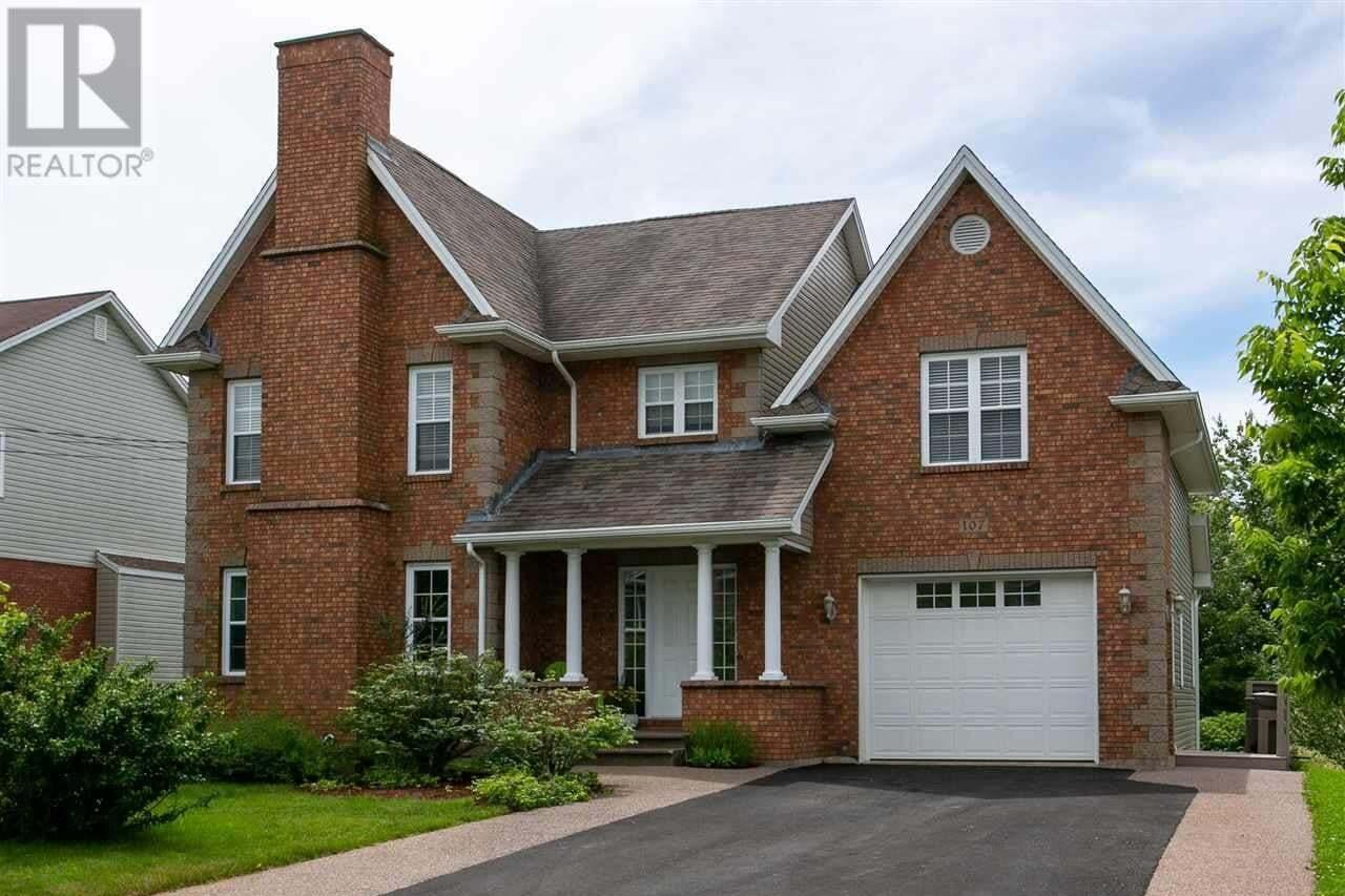 House for sale at 107 Southhaven Cs Dartmouth Nova Scotia - MLS: 202011866