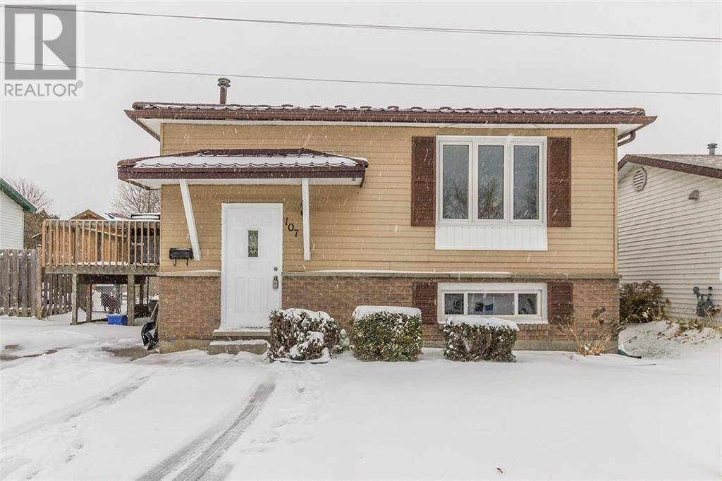 House for sale at 107 Sugar Maple St Kitchener Ontario - MLS: 30777115