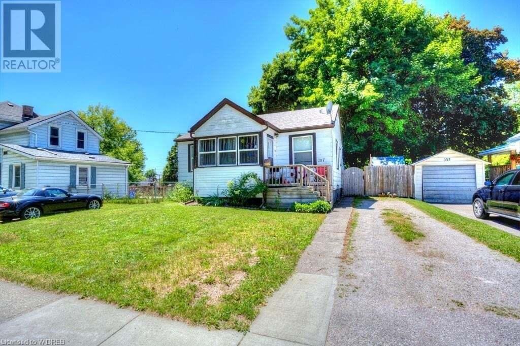 House for sale at 107 Sydenham St Woodstock Ontario - MLS: 270994