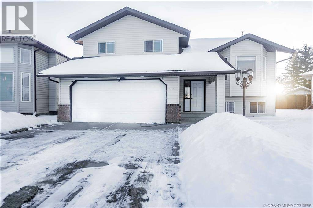 House for sale at 10701 88a St Grande Prairie Alberta - MLS: GP213885