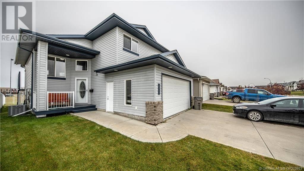 House for sale at 10705 72 Ave Grande Prairie Alberta - MLS: GP213993