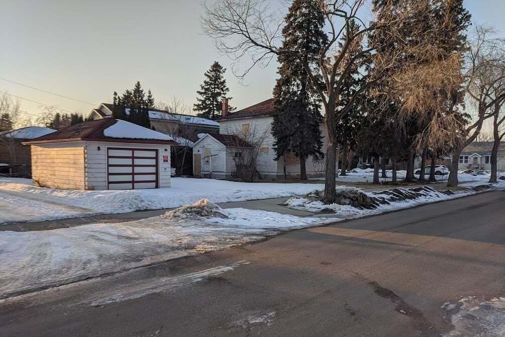 Home for sale at 10705 74 Av NW Edmonton Alberta - MLS: E4192124