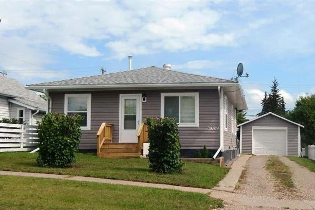 House for sale at 10709 111 St Fairview Alberta - MLS: A1001579