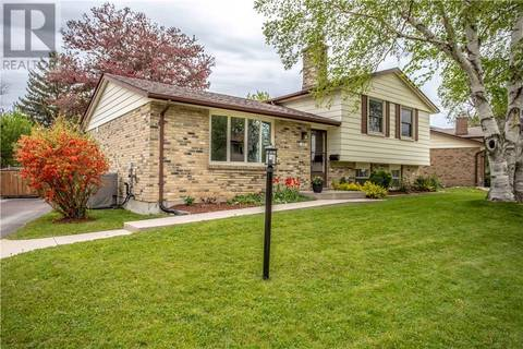 House for sale at 1071 Guildwood Blvd London Ontario - MLS: 197224