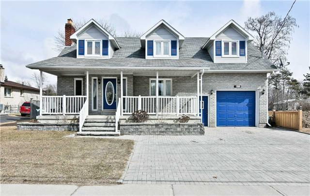 For Sale: 1073 Ritson Road, Oshawa, ON | 3 Bed, 4 Bath House for $674,898. See 19 photos!