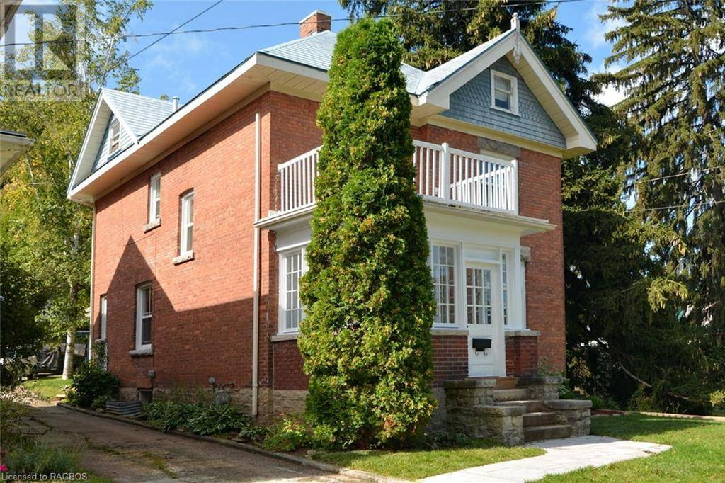 House for sale at 1074 4th Ave West Owen Sound Ontario - MLS: 224232