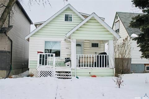 House for sale at 1074 Wallace St Regina Saskatchewan - MLS: SK797995