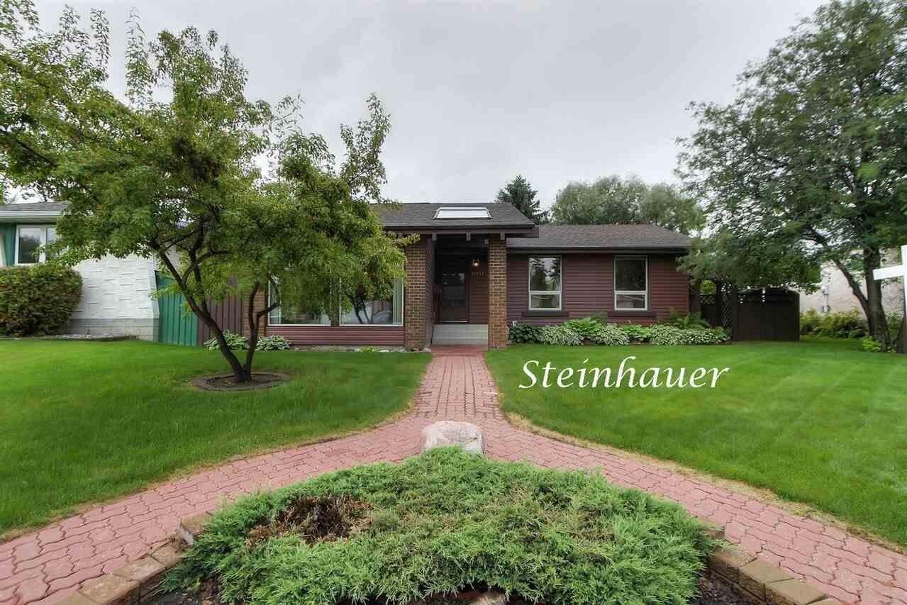 House for sale at 10741 33a Av NW Edmonton Alberta - MLS: E4204514