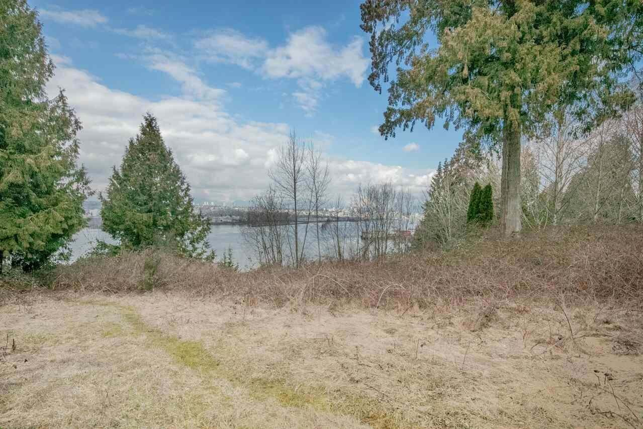 Home for sale at 10749 River Rd Delta British Columbia - MLS: R2407236