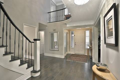 1075 Roxborough Drive, Oakville | Image 2