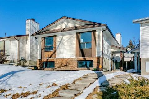 House for sale at 1076 Ranchlands Blvd Northwest Calgary Alberta - MLS: C4286862