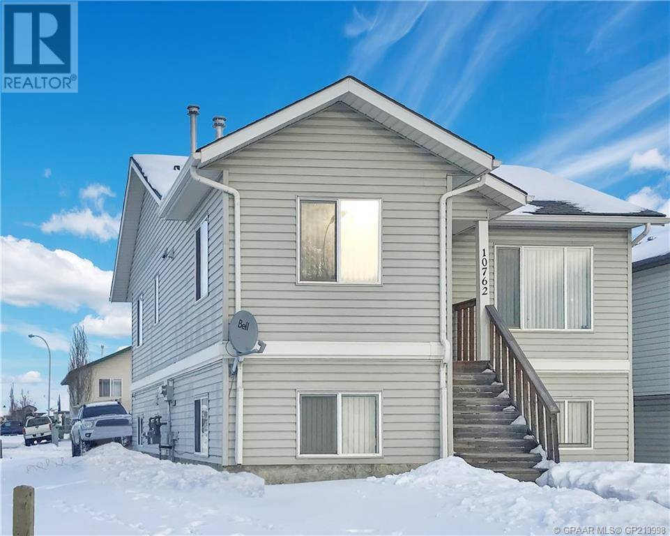 House for sale at 10762 73 Ave Grande Prairie Alberta - MLS: GP213998