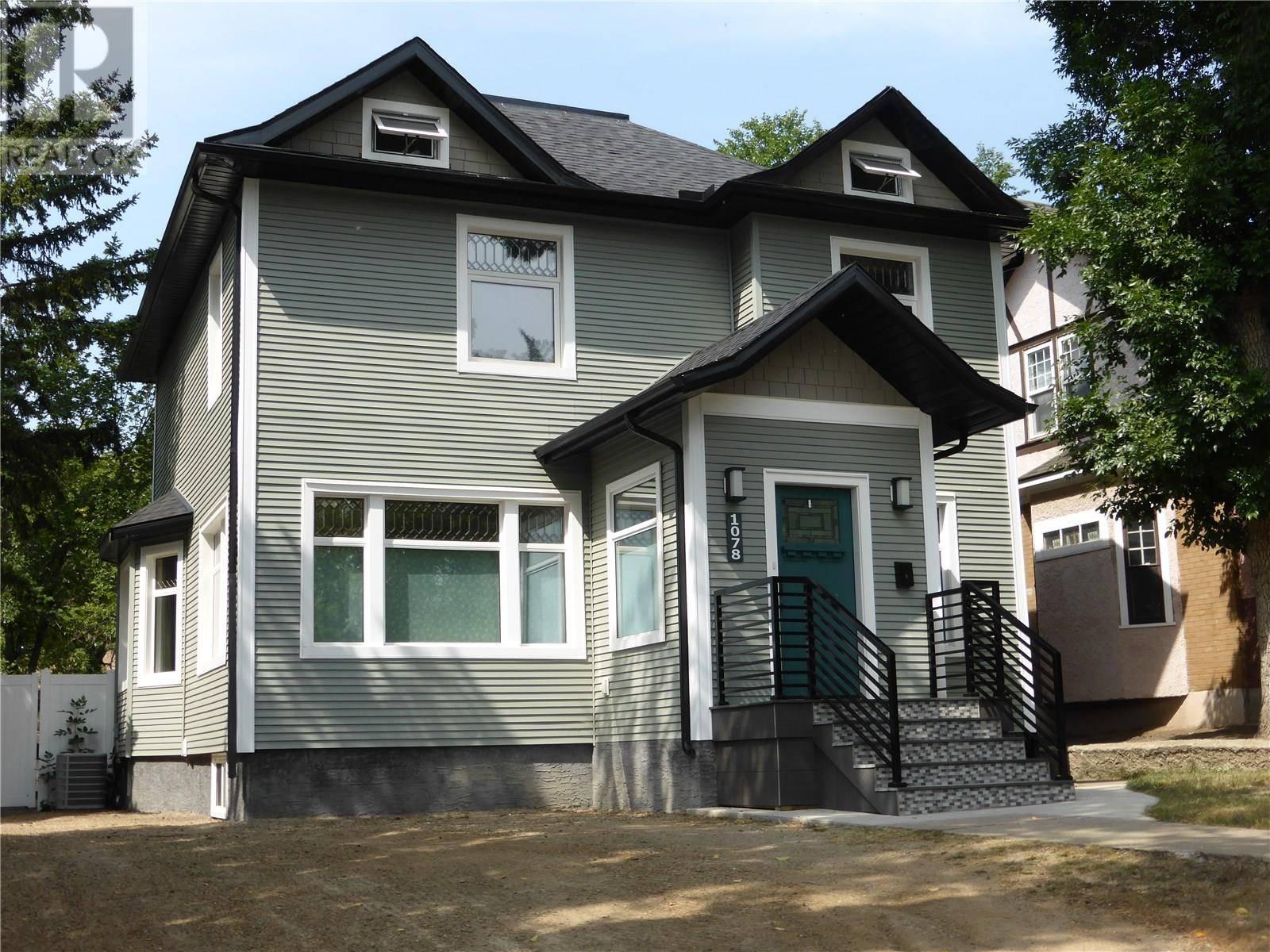 House for sale at 1078 1st Ave W Moose Jaw Saskatchewan - MLS: SK783347
