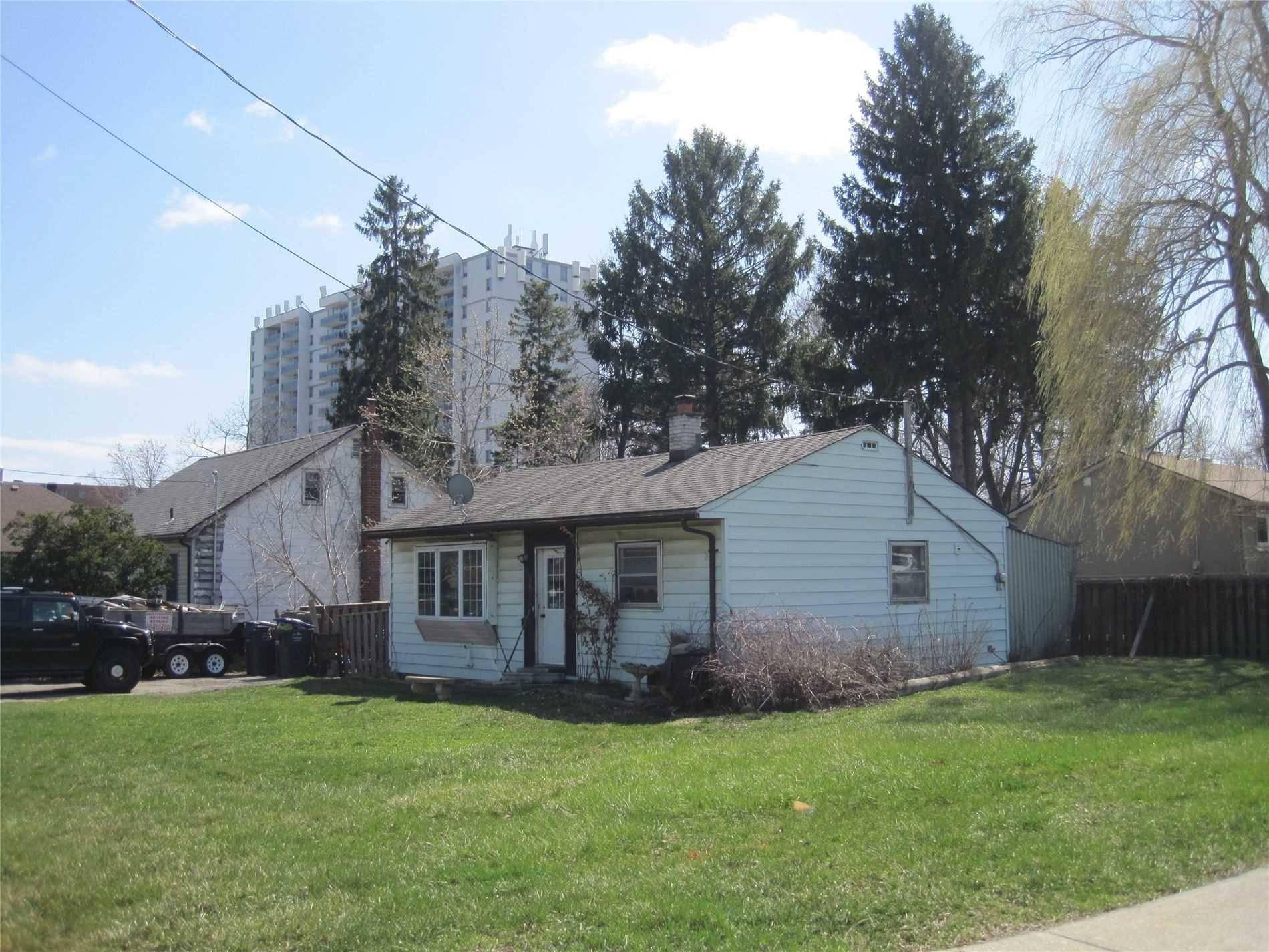 1078 Fergus Avenue, Mississauga   Image 2
