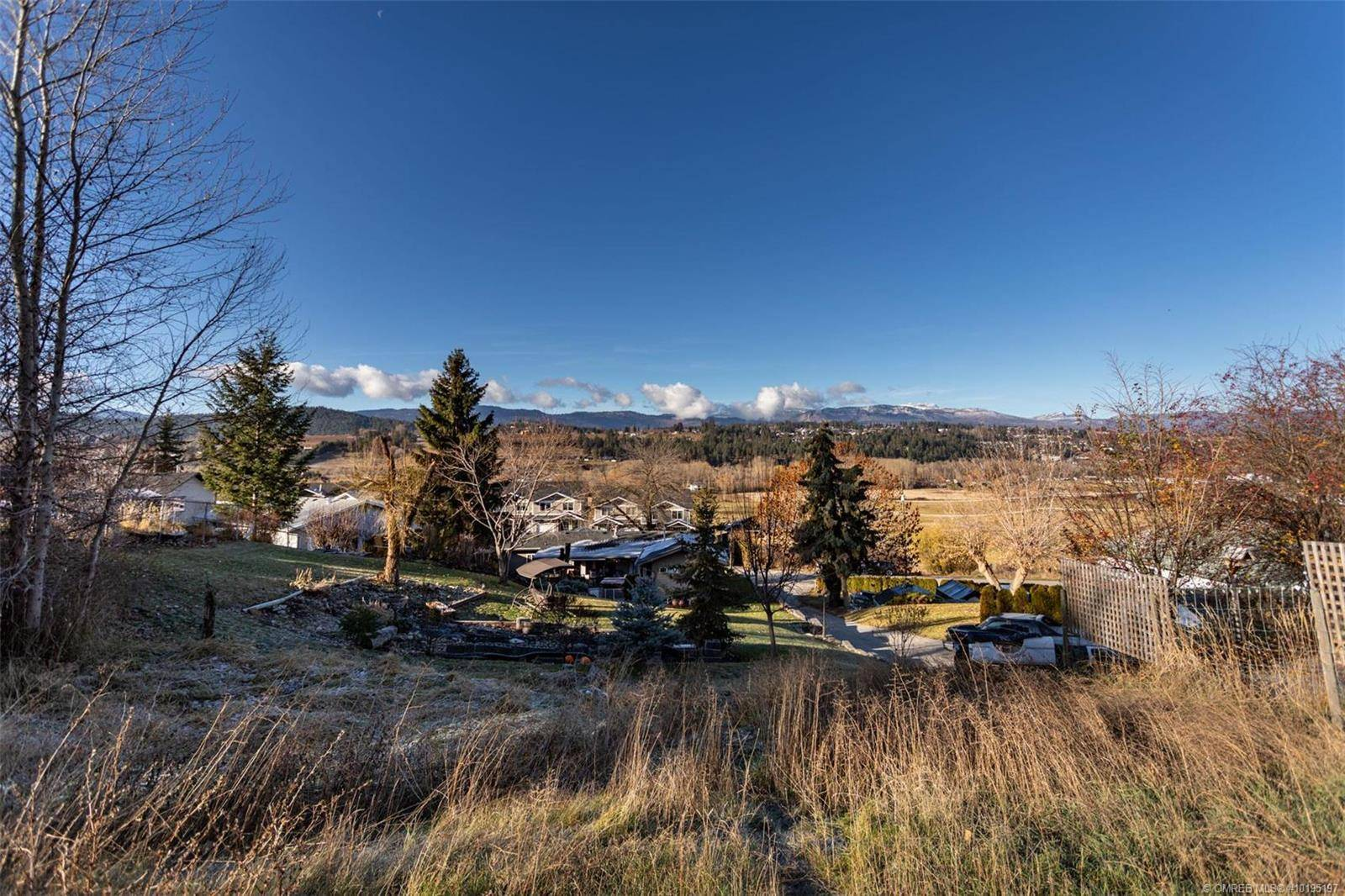 Home for sale at 10792 Sherman Dr Lake Country British Columbia - MLS: 10195197