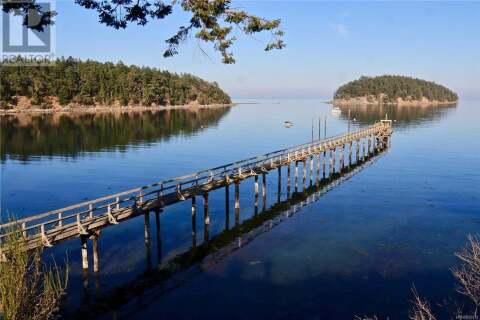 Home for sale at 494 Arbutus  Unit 107D Mayne Island British Columbia - MLS: 850272