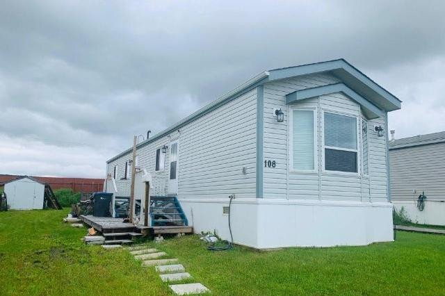 Home for sale at 1200 Adams Rd Unit 108 Dawson Creek British Columbia - MLS: 184512