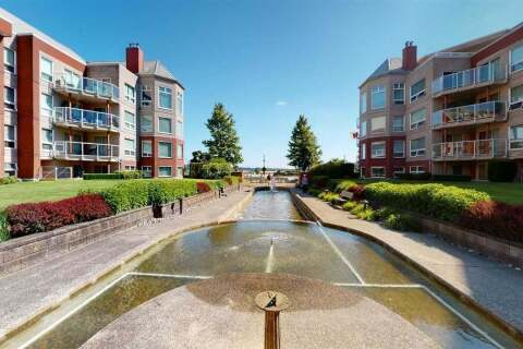 Condo for sale at 1230 Quayside Dr Unit 108 New Westminster British Columbia - MLS: R2475209