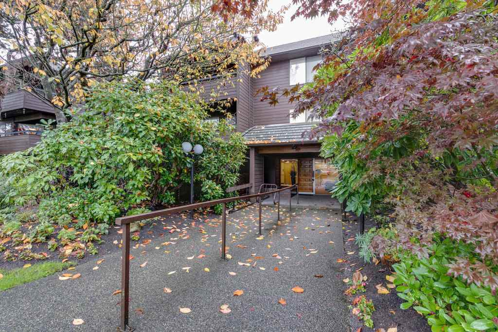 Buliding: 1720 West 12th Avenue, Vancouver, BC
